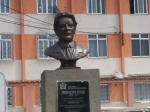 oswaldo-cruz-estatua